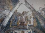 Св. Симеон Мироточивый и неизвестный святитель представляют Стефана Первовенчанного великим жупаном Сербии